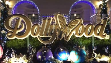 dollywood-christmas-sign-fi
